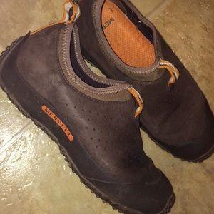 Ladies Merrell leather slip on size 8